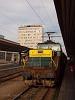 A ŽSCS 110 023-9 pályaszámú Vasaló tolatómozdony Kassa állomáson