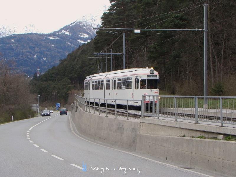 1990.-es évektől a DÜWAG járműveket a Bécsi Bombardier üzemben felujították   fotó