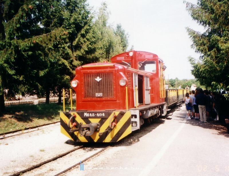 Mk48-404 Szalajka-Fatelep állomáson fotó