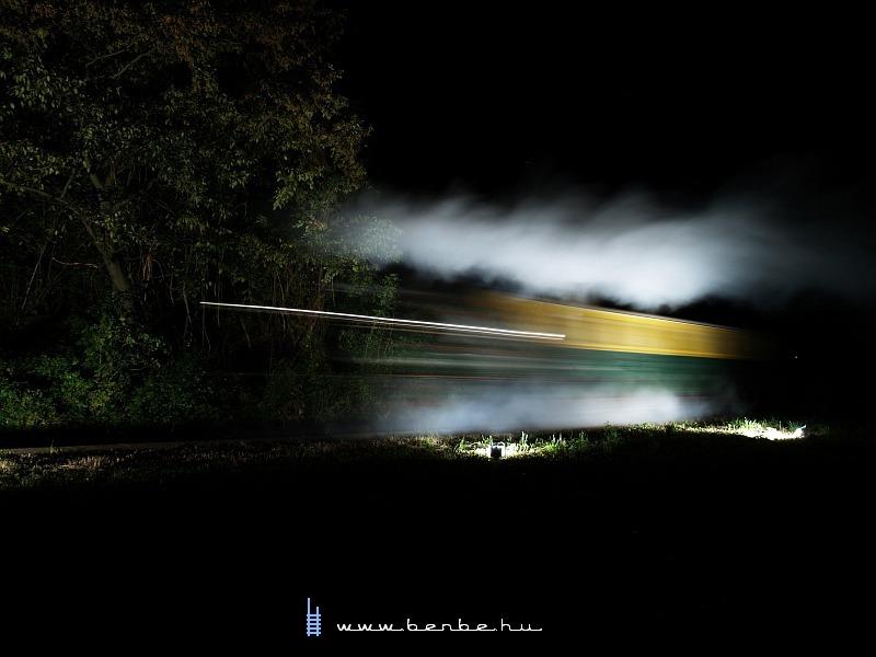 394,057 Szalajka-Fatelepen a fûtõházi vágányon fotó