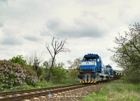 The 736 007-6 and his twin arriving at Filakovo from the direction of Jesenské