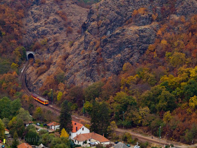 A MÁV-START Bzmot 228 Tardosi kőbányák és Eger-Szarvaskő között fotó