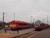 A MÁV-Trakció M41 2166 és a MÁV-START 5341 016-3 Eger állomáson