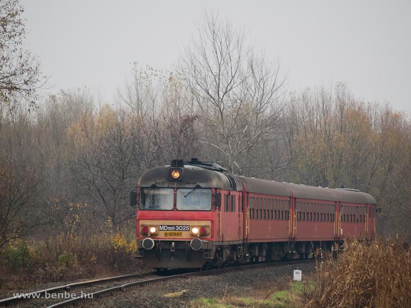MDmot 3025 �p�lyi �s M�t�szalka k�z�tt fot�