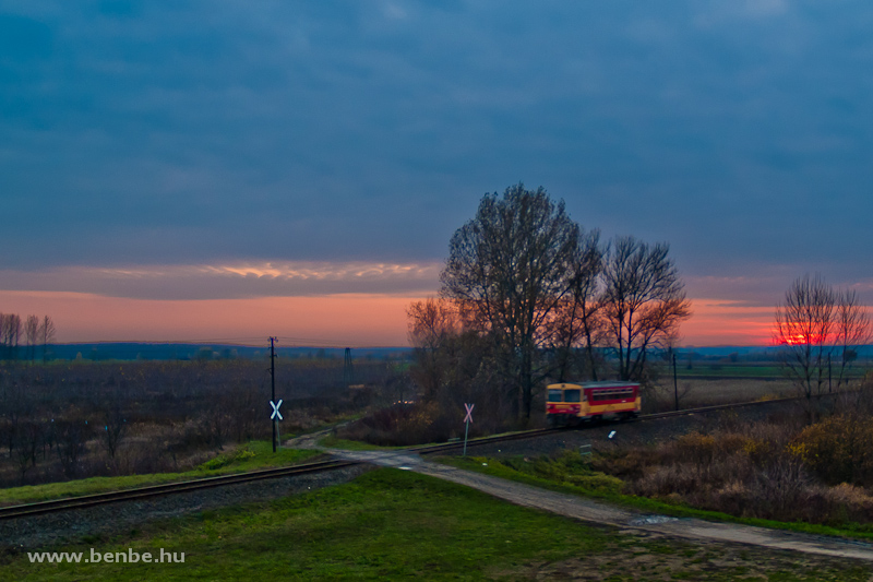 The Bzmot 356 near the Kraszna-bridge by Kocsord photo