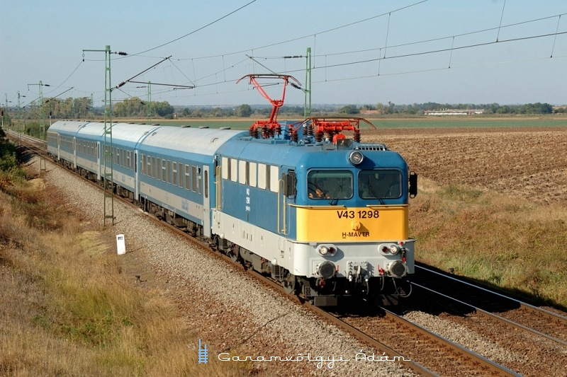 V43 1298 Hort-Csány és Vámosgyörk között fotó