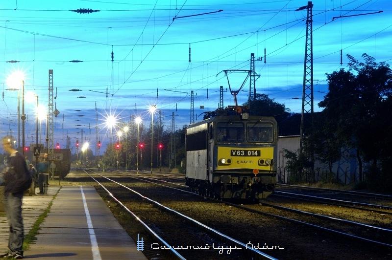 V63 014 Vámosgyörkön fotó