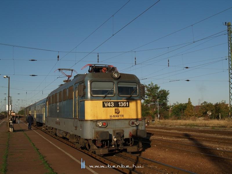 V43 1361 Vámosgyörkön fotó