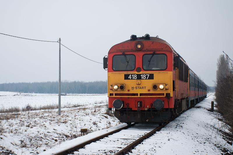 A MÁV-START 418 187 Ócsa és fotó