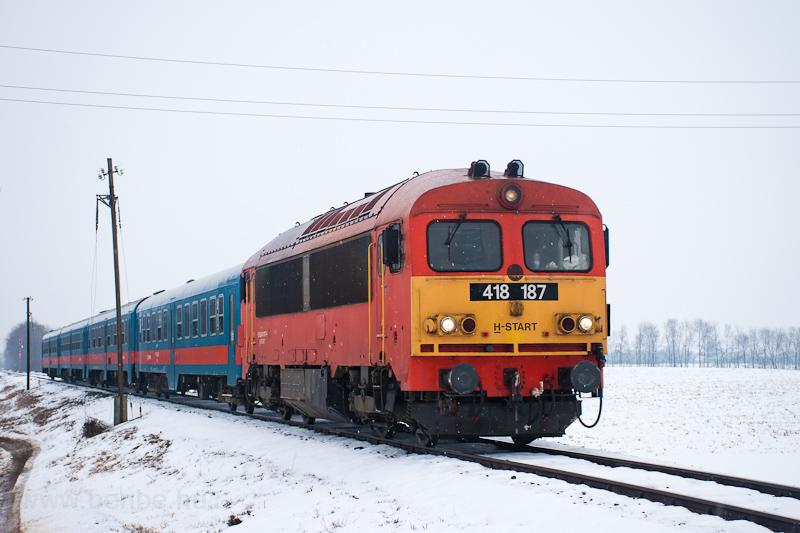 A MÁV-START 418 187 Inárcs- fotó