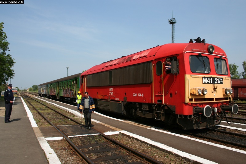 The M41 2174 at Biharkeresztes photo