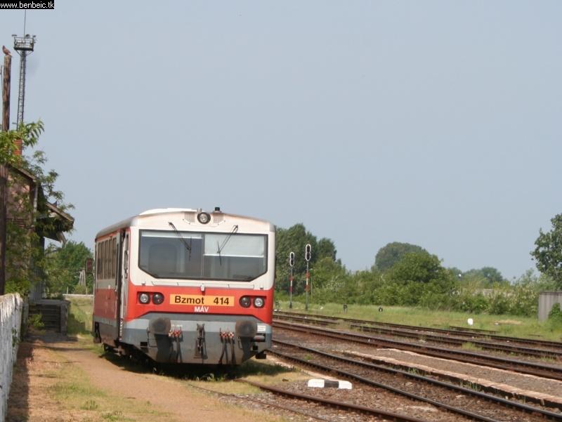 Bzmot 414 vár Biharkeresztesen fotó