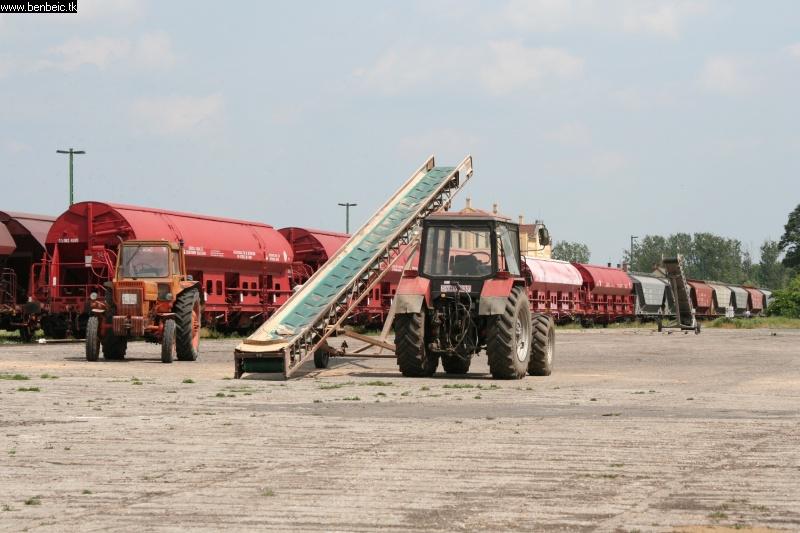 Mezõgazdasági gépek fotó
