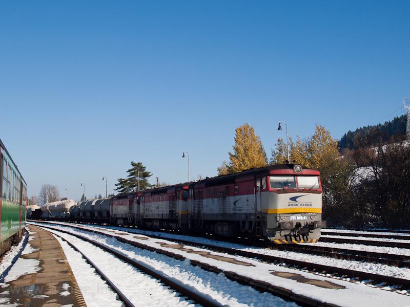 A ŽSSKC 751 046-4 Felsőstubnya állomáson fotó