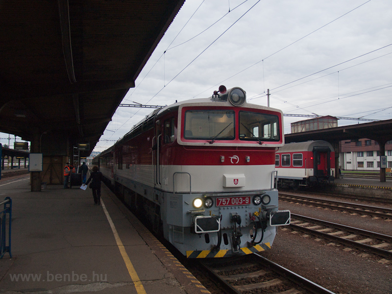 The ŽSSK 757 003-9 see photo