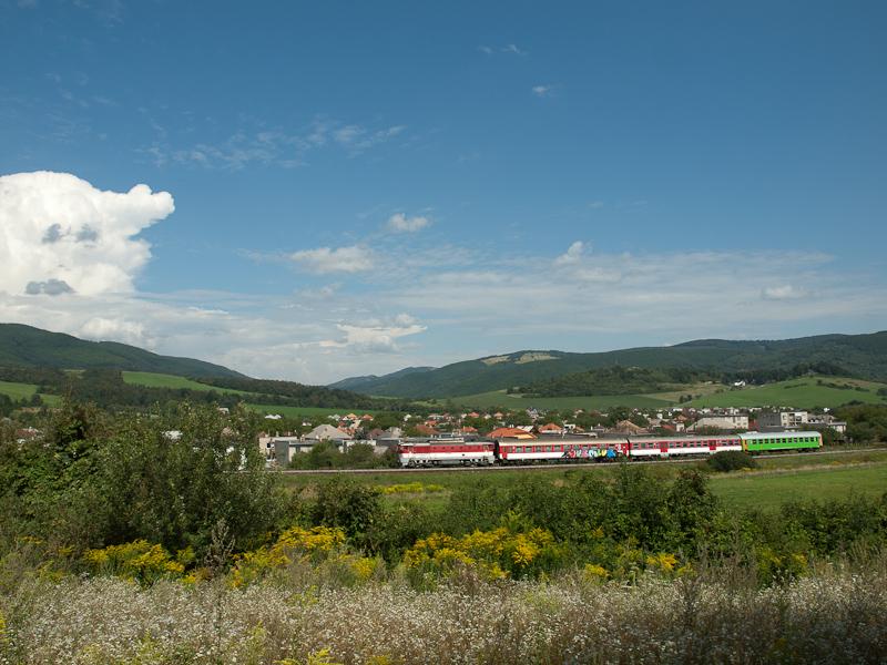 A ŽSSK 750  221-4 Vámosfalva és Fűrész között fotó