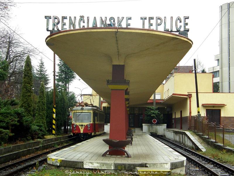 411 901-2 Trencsénteplicz (Trencianske Teplice) állomáson fotó