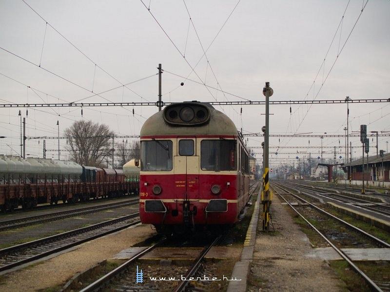 850 018-3 Hõlak (Trencianska Teplá) állomáson fotó