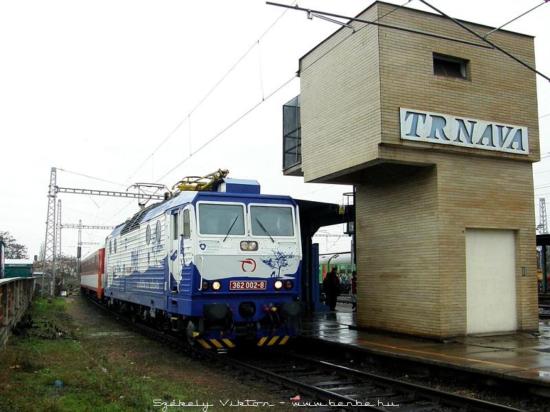 362 002-8 Nagyszombat (Trnava) állomáson fotó