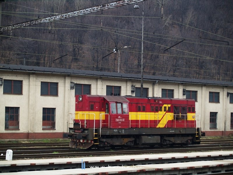 742 233-0 Vágkirályháza (Kralovany) állomáson fotó