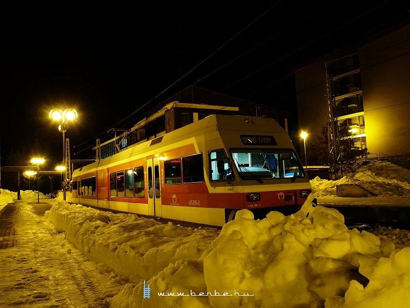 425 955-2 Szentiványi Csorbató állomáson fotó