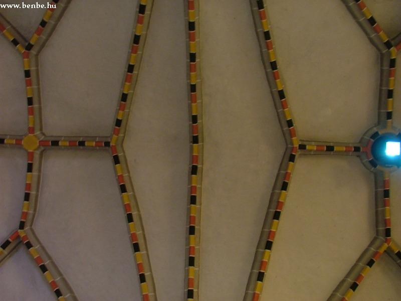 Gyöngyöspata templomának festett tetõkazettái fotó