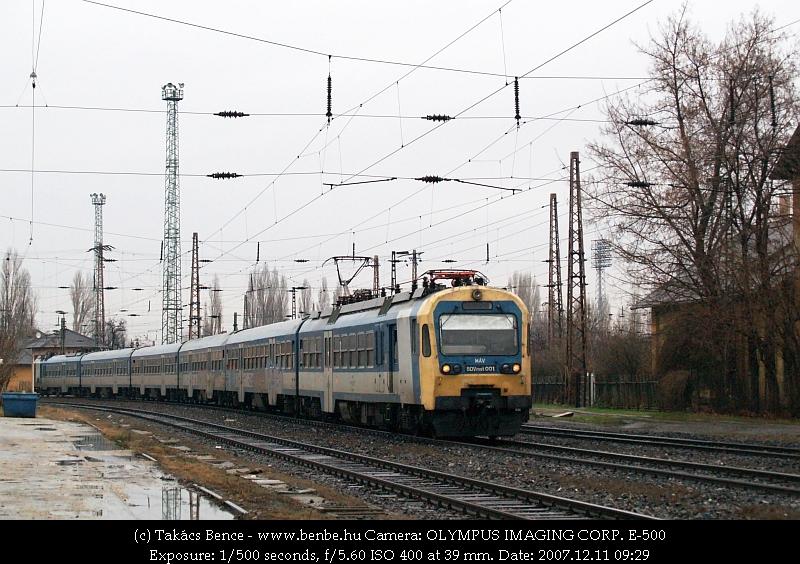 BDVmot 001 Rákosrendezõn fotó