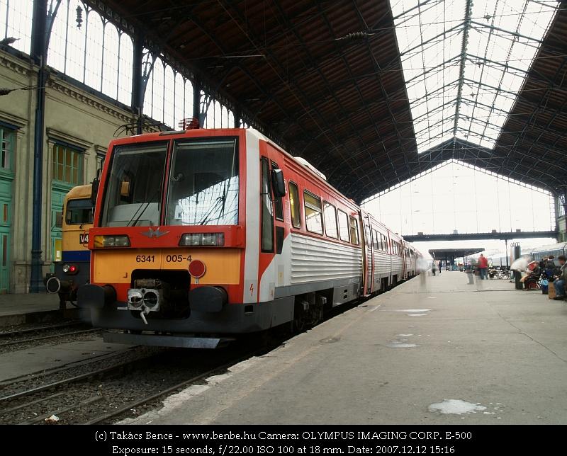 6341 005-4 a Nyugati pályaudvaron fotó