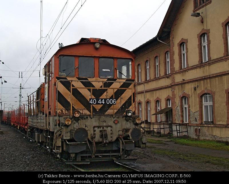 40 44 006 Rákosrendezõ állomáson fotó