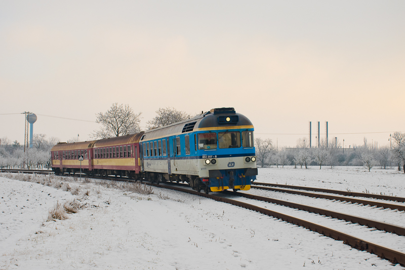 The ČD 854 207-8 seen  picture