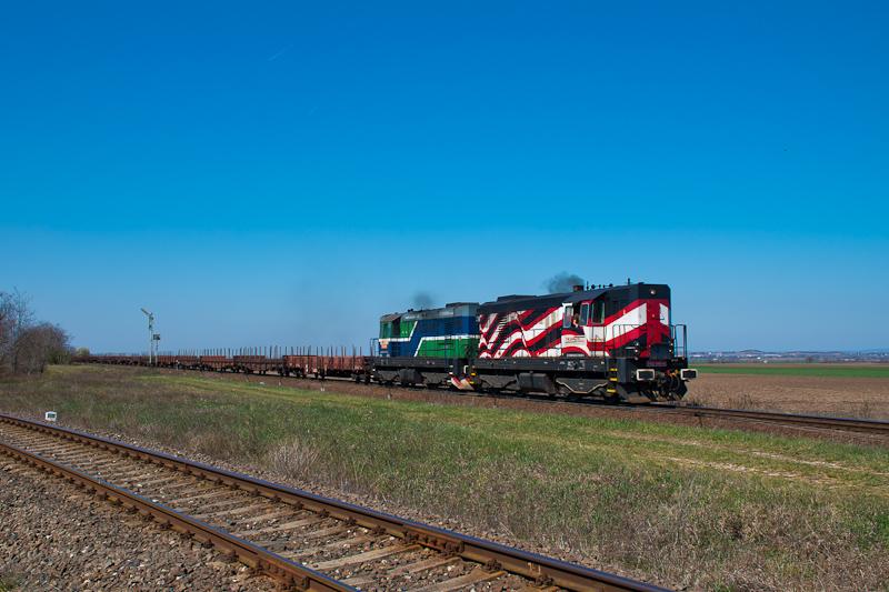 A TransLoc Slovakia 742 045-8 és a 742 610-9 Székesfehérvár és Börgönd között fotó