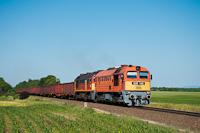 A MÁV-START 628 145 előfogatolja a 628 333-at Seregélyes-Szőlőhegy és Zichyújfalu között
