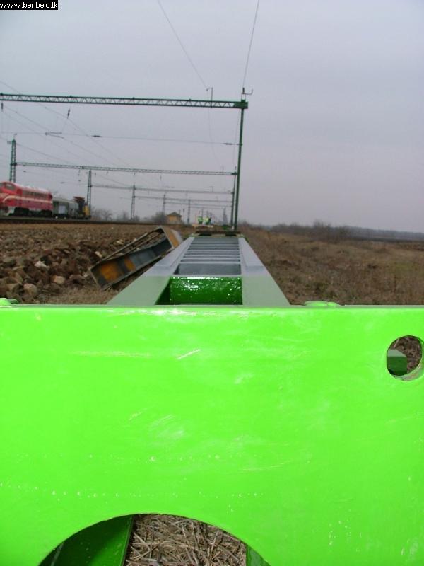 Felsõvezeték-tartó oszlop fotó