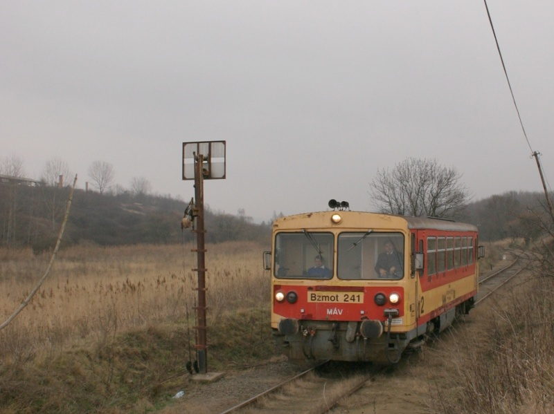The Bzmot 241 between Tolmács and Rétság photo
