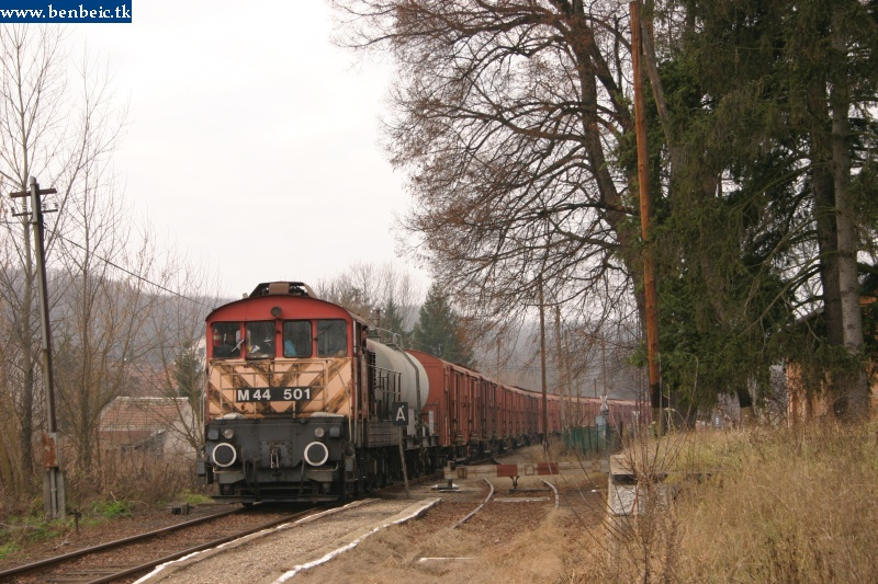 The M44 501 at Tolmács photo