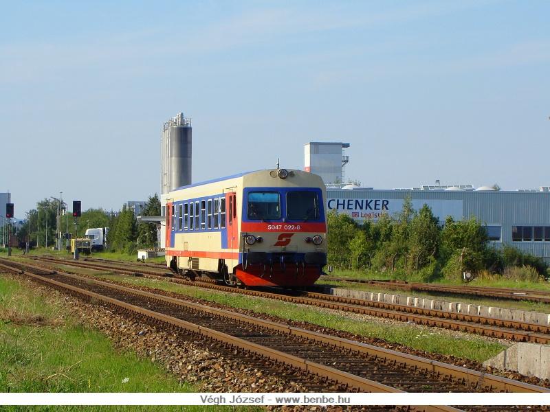 A 5047 022-8 halad át Spratzen állomáson fotó