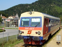 The 5047 022-8 at Lilienfeld station