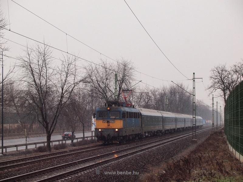 A V43 1092 Ferihegynél fotó