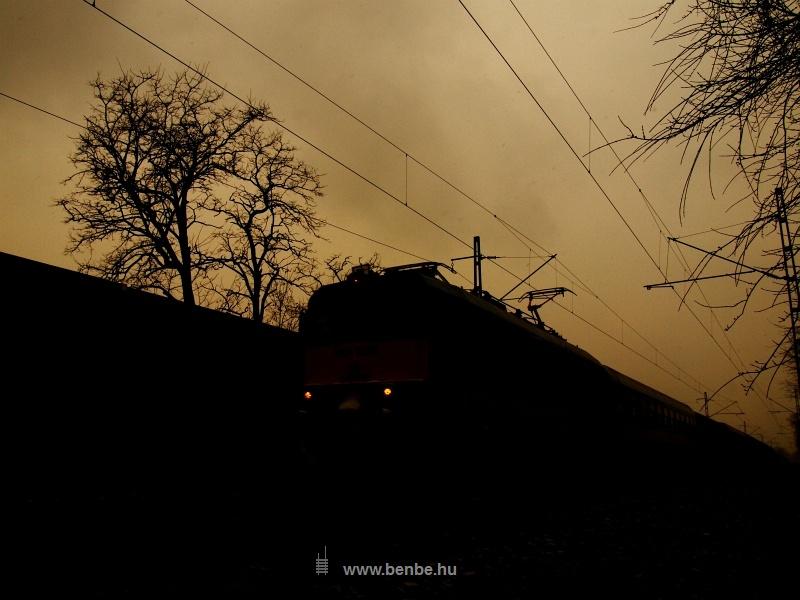 V43 1225 Ferihegy és Vecsés között fotó