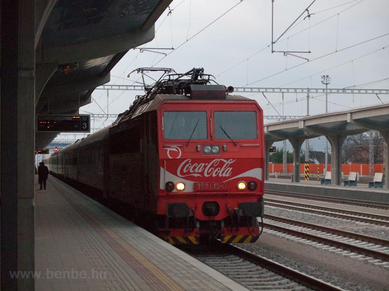 A ŽSSK 362 015-0  Coca fotó
