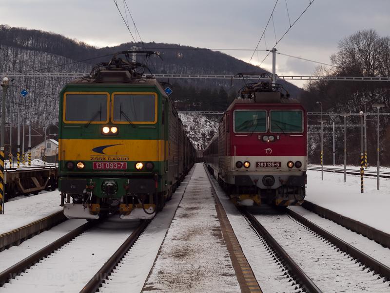 A ŽSSKC 131 093-7  és  fotó