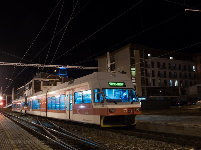 A ŽSSK TEŽ 425 956-0 Szentiványi-csorbató állomáson fotó