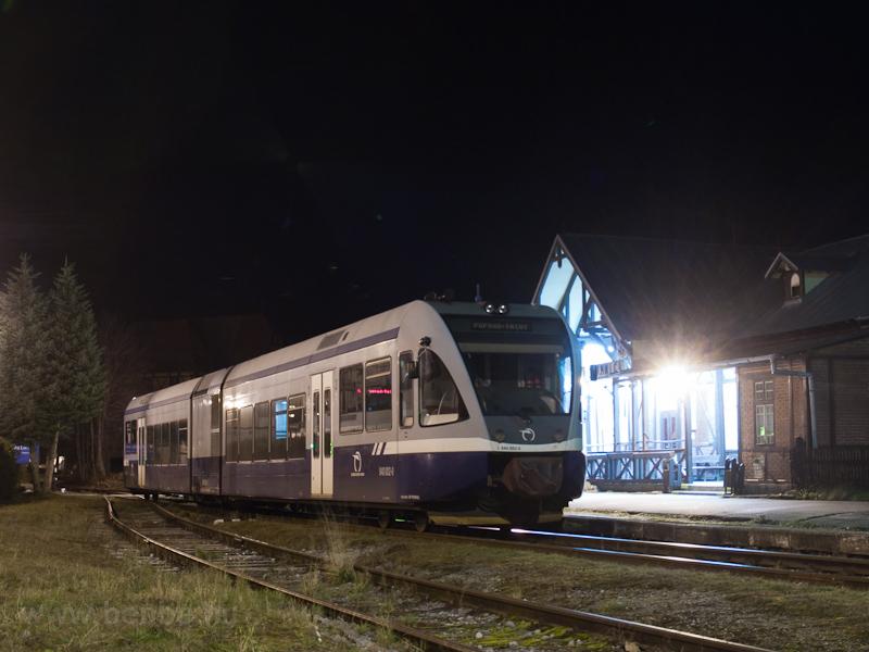 A ŽSSK TEŽ 840 002-0 Tátralomnic állomáson fotó
