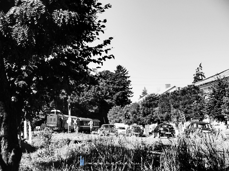 80-0383-2 Radauti fõutcáján fotó