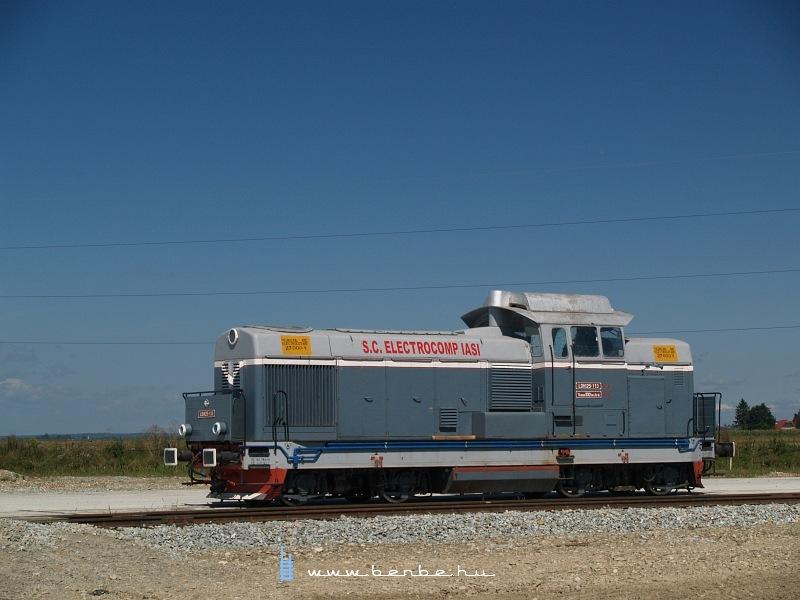 LDH125-113 Dornesti mellett fotó
