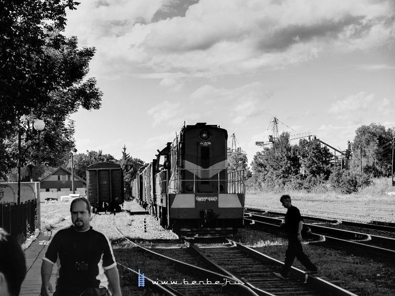 CsME3T-6447 Hlyboka állomáson fotó