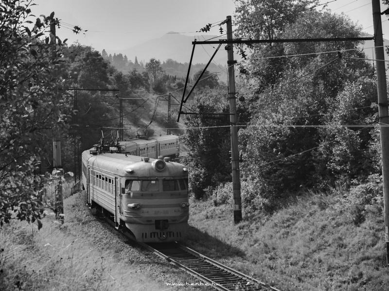 ER2 315 Ставне után Ungvár felé menet fotó