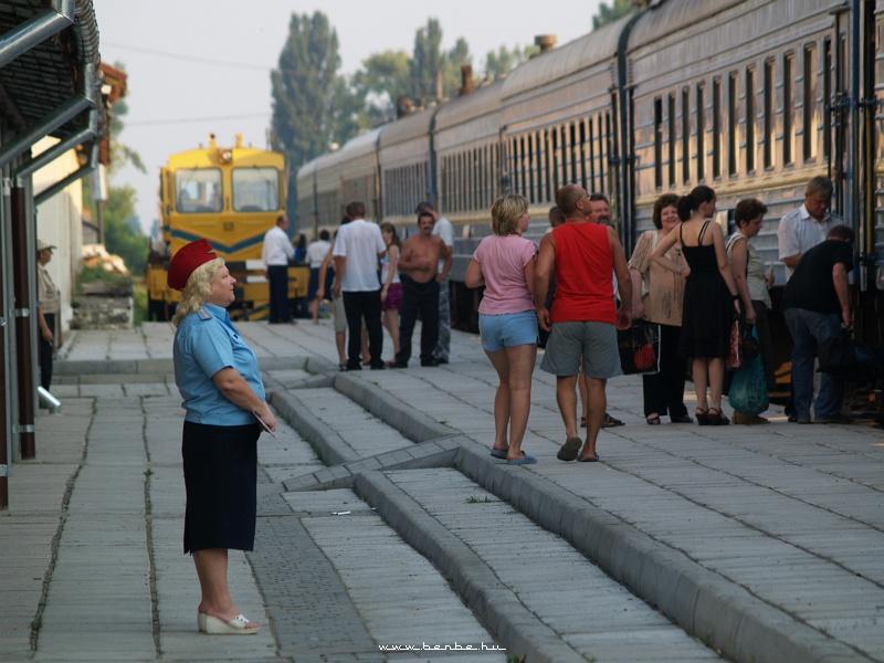 Beregszász állomás forgalmi szolgálattevõje fotó