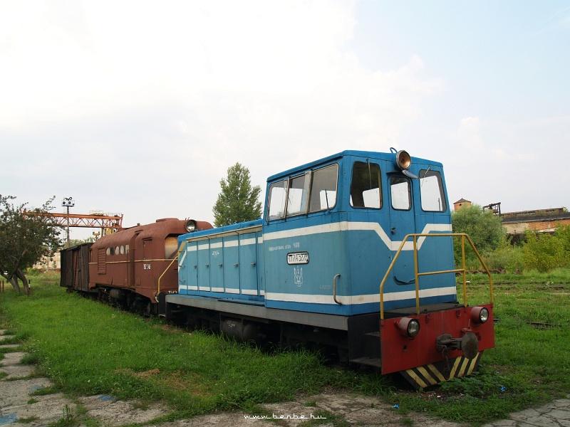 Romos TU2-es és lezsírozott TU7-es mozdony Beregszászon fotó