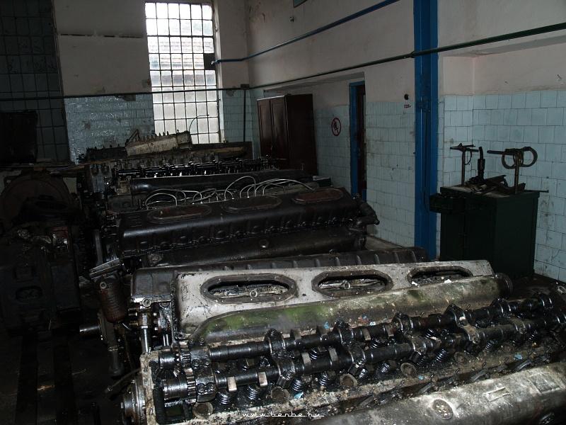 TU2 motorok fotó